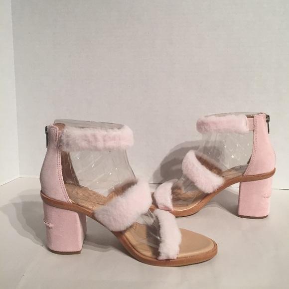 5a14576157b Ugg Women's Del Rey Block Heel Seashell Pink Fluff NWT